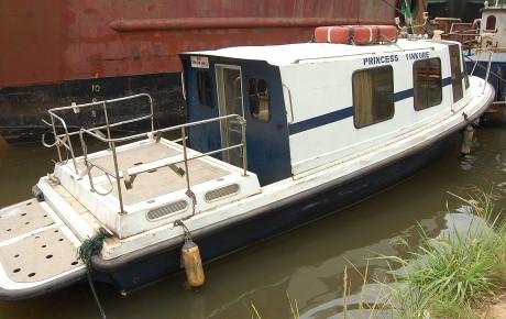 DSC_0159_Yinkore_Crew-boat