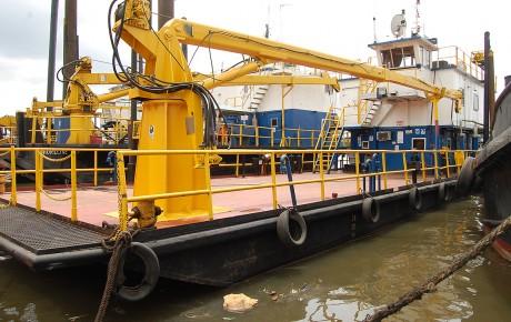 DSC_0185_Nneks02_Spud-barge